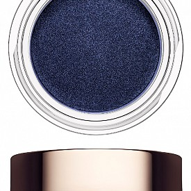 Сенки за очи Ombre Matte в нюанс Midnight Blue от есенната колекция на CLARINS