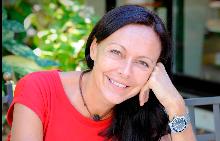 """Лучия Джованини, световно признат експерт по консултативна психология, невролингвистично програмиране и невросемантика, автор на бестселърите """"Толкова различен живот"""" и """"Освободи живота си"""""""