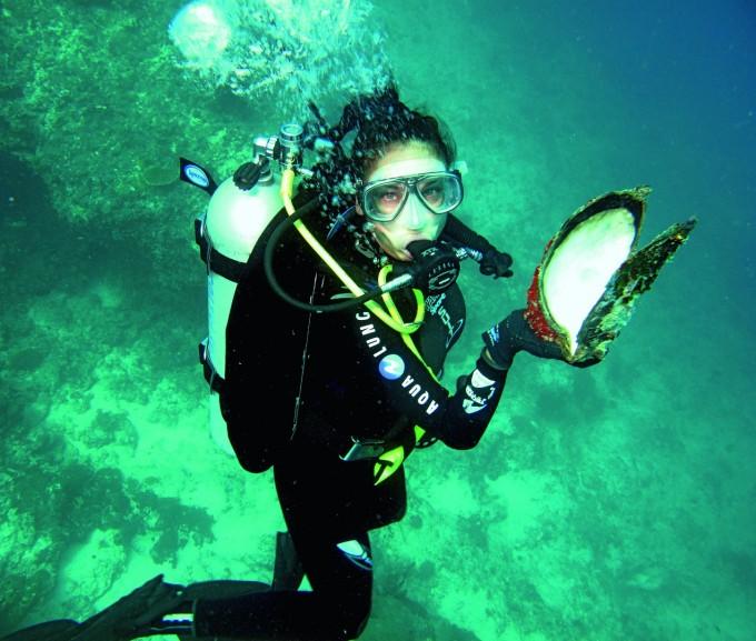 Алекс Раева под вода и с кауза за опазване на Световния океан.