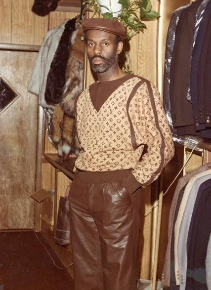 Дапер Дан в своето студи през 80-те години