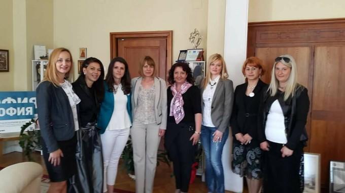 Заедно с кмета на София Йорданка Фандъкова на първата...