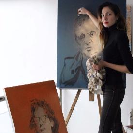 29-годишната Сандра Блажева, модел и художник, открива четвърта самостоятелна изложба