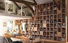 ОТ КАКВО ИМАТЕ НУЖДА? Това трябва да е водещият критерий, когато започвате да обмисляте как да изглежда и къде да разположите библиотеката си. Кой ще я ползва, кога и колко книги ще съдържа?