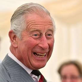 Принц Чарлз - най-големият син на кралица Елизабет II