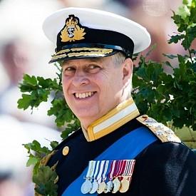 Принц Андрю - вторият син на кралица Елизабет II