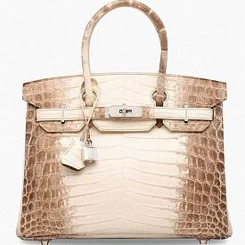 Най-скъпият Birkin в света от коркодилска кожа и диамантени детайли e продаден за 380 000 долара.