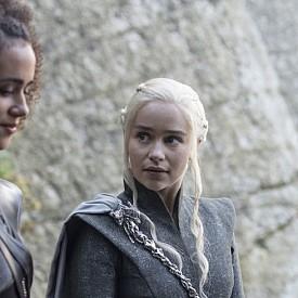 """Четирима са арестувани за изтичане на информация за епизод от """"Игра на тронове"""""""