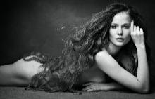 График на здравата и плътна коса