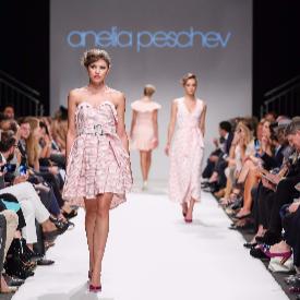 Ревюто на Анелия Пешев на Седмицата на модата във Виена.