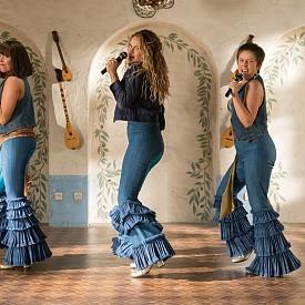 Десет години след като Mamma Mia! покори света и спечели над 600 милиона долара, зрителите са поканени да посетят отново приказния гръцки остров Калокаири в чисто нов мюзикъл, вдъхновен от песните на ABBA. Действието на филма скача напред и назад във времето, за да покаже как започва всичко. Лили Джеймс ще влезе в ролята на младата Дона, а като Роза и Таня от 80-те ще видим Джесика Кинан Уин и Алекса Дейвис. Младите Сам, Били и Хари ще се изпълняват от Джереми Ървайн (Боен Кон), Джош Дилън (Съюзени) и Хю Скинър (Kill Your Friends). Разбира се, ще видим и познатите актьори - Мерил Стрийп, Аманда Сейфрид, Пиърс Броснан, Колин Фърт, Стелан Скарсгард, а неочаквана поява прави и Шер в ролята на майката на Дона. Мюзикълът тръгва по кината на 20 юли.