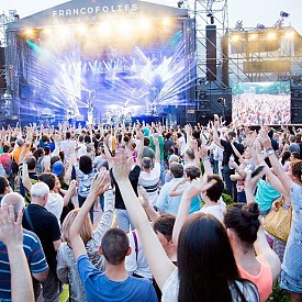 11 музикални фестивала наблизо, които не тряба да пропускате това лято