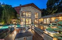 Луксозният дом на Калвин Харис