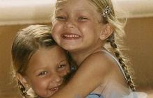 Джиджи и Бела Хадид като деца