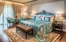 Хотелът на Versace в Дубай