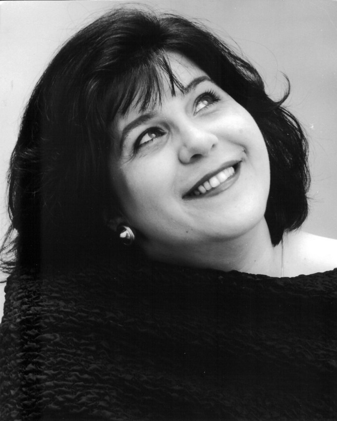 Мецосопраното Мариана Карпатова