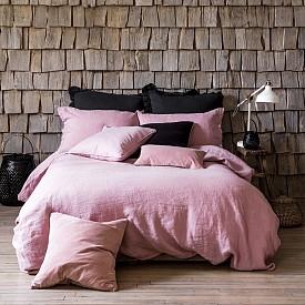 """""""Спалното бельо трябва да бъде едноцветно и на пръв поглед семпло. Но това трябва да е най-доброто спално бельо, което можете да си позволите."""" Нина Кембъл, интериорен дизайнер"""