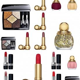 Коледната колекция  MIDNIGHT WISH на DIOR е обляна в златно сияние. Ще откриете двe палитри сенки за очи, хайлайтър, два вида червила: Diorific и Rouge Dior, върху всяко от което е изписано коледно пожелание, четири цвята лак за нокти и уникален звезден топ лак.