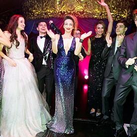 """Трима принцове и принцеса на Благотворителния бал на фондация """"Стоян Камбарев"""""""