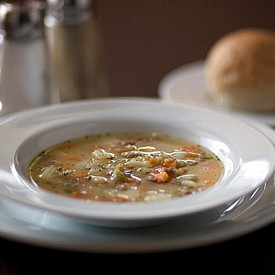 СУПА ОТ ГРАХ С ШУНКА / Тази супа трябва да бъде сготвена с кокал от свински крак.