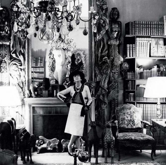 Коко Шанел в апартамента си в Риц