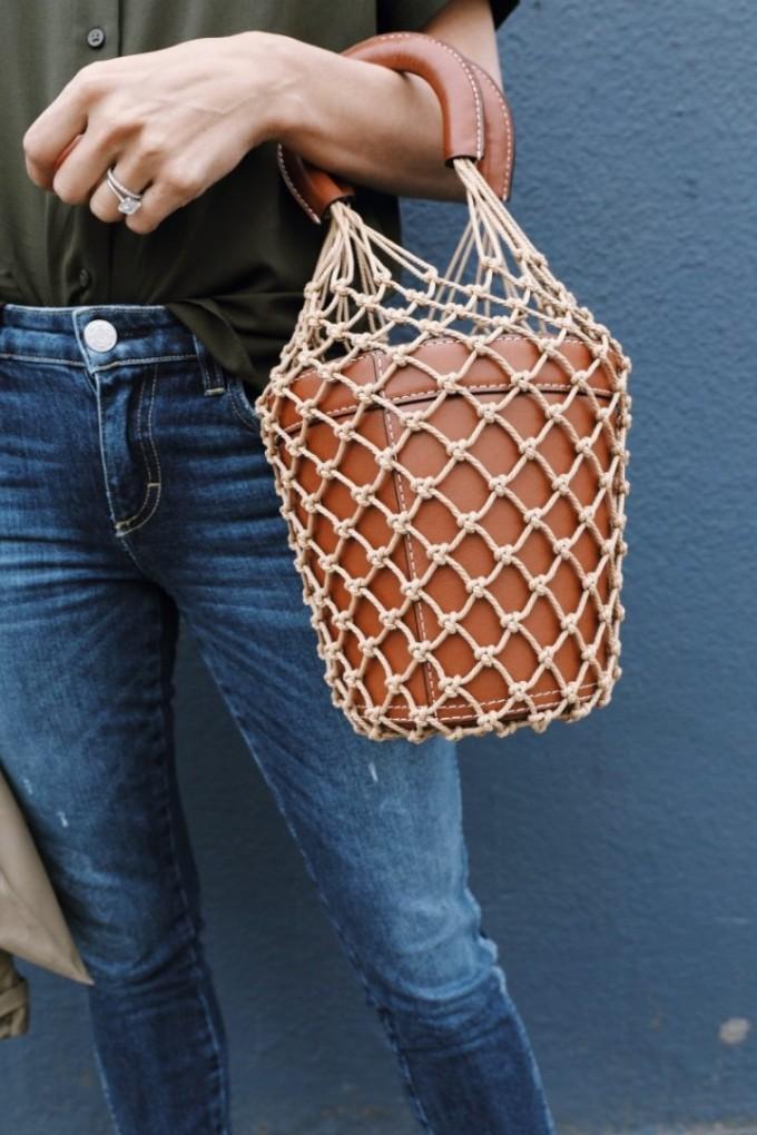 Мрежестата торба на баба не става, друго си е да платиш 450 евро за нова