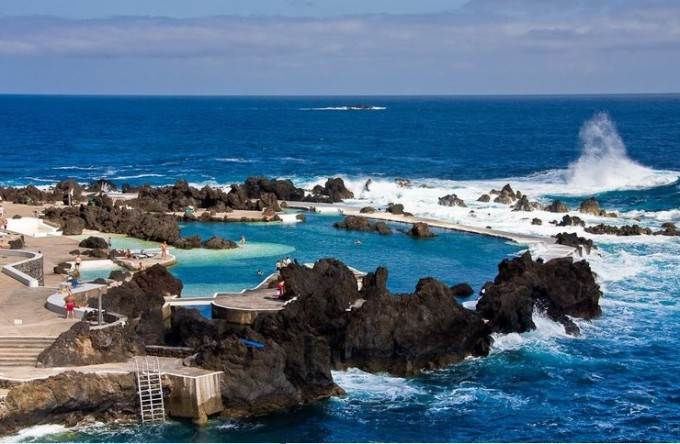 Градчето Порто Мониз, остров Мадейра в Атлантическия...