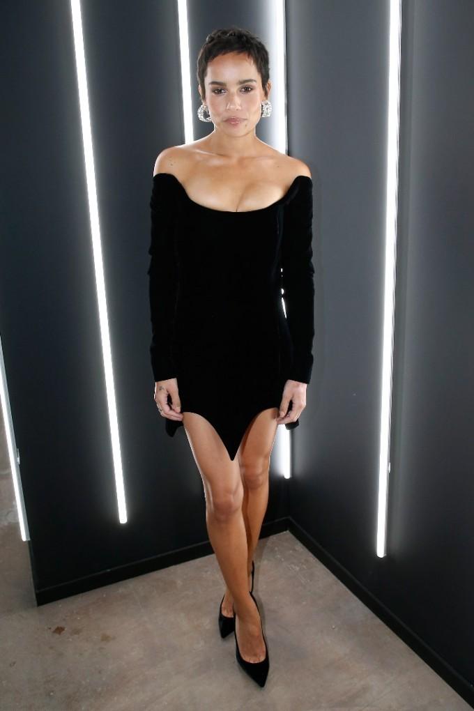 Зоуи Кравиц на откриването на YSL Beauty Hotel в Париж