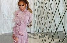 Дженифър Лопес в рокля на Valentino
