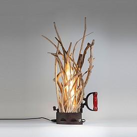 Лампа Iron Light 2 от Salernocraftstyle (salernocraftstyle.it)