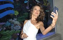 Какво прави Алесандра Амброзио в Атлантик Сити?