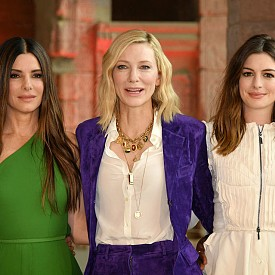 Кейт Бланшет, Ан Хатауей и Сандра Бълок на представянето на новия си филм в Ню Йорк