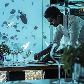 Топ 10 впечатляващи подводни ресторантa