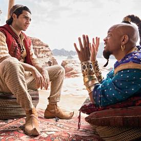 Аладин: Класическата Дисни приказка оживява благодарение на Мена Масуд в ролята на крадеца, желаещ да стане принц – Аладин, Наоми Скот като принцеса Жасмин, сексапилния Марван Кензари като злия Джафар и любимеца на зрителите Уил Смит като Духа от лампата.