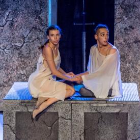 """Кадър от """"Ромео и Жулиета"""" на балет """"Арабеск"""""""