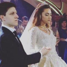Младоженците