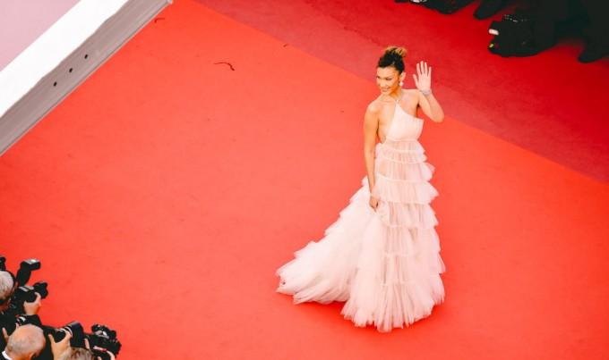 Бела Хадид в Dior