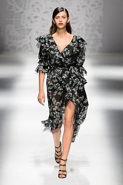 30 летни рокли, които можем да носим от ранна пролет до късна есен