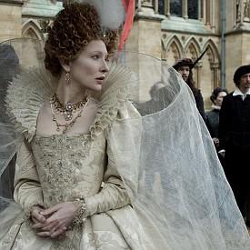 """Кейт Бланшет като Елизабет I в """"Елизабет: Златният век"""""""