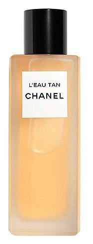 L'Eau Tan на CHANEL е автобронзиращ мист за тяло, който създава естествен тен и ви дарява със свежест