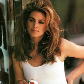 26 години по-късно Синди Крауфорд е отново звездата в реклама на PEPSI