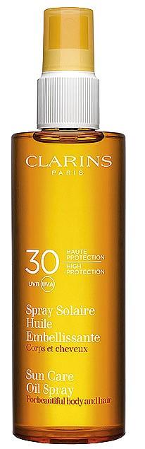 Слънцезащитно масло-спрей за коса и тяло от CLARINS с UVA/UVB 30, без ефект на омазняване, устойчиво на вода, за защита и подхранване. 54 лв.