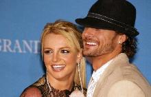 Бритни Спиърс и Кевин Федърлейн в далечната 2004 г.