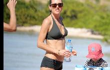 46-годишната Дженифър Конъли показа фантастично тяло
