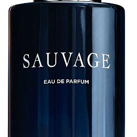 Sauvage Eau de Parfum на DIOR се вдъхновява от магичното време на здрачаването. Тогава ароматите са най-силни и свежи и затова новото ухание е интензивно и дълбоко, но в същото време искрящо и богато, комбиниращо пикантна свежест с ориенталски фасети.