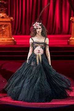 Изящество с история от Dolce & Gabbana есен-зима 2019-2020 г.