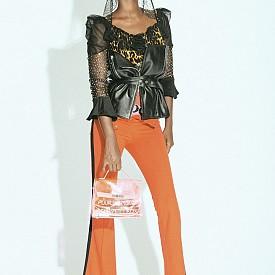 Блуза PIA BOLTE COUTURE, корсаж MANCKKI, маска за ски ZIONOR, чанта MENDIS FASHION, обувки JEEINI, панталон YAVA WOMAN (NACHBARIN)