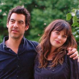 Зоуи със съпруга си Джейкъб