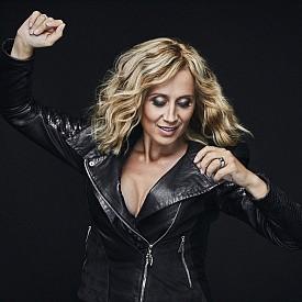 Лара Фабиан с юбилеен концерт в България