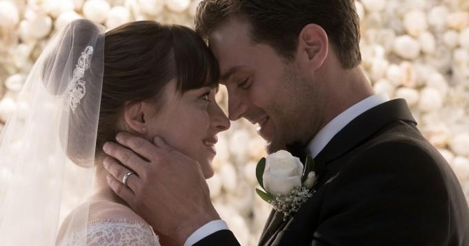 """Г-н и г-жа Грей: Новият трейлър на филма """"Петдесет нюанса освободени"""""""