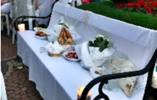 Масата, пардон, пейката за White dinner на ELLE